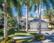 1762 Harbor Pointe Circle, Weston image