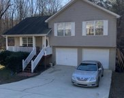 6725 Spring Head Dr, Flowery Branch image
