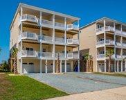 836 Villas Drive, North Topsail Beach image