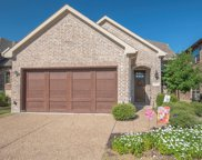 312 Highwood Trail, The Colony image