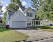 829 Shadowberry Crest, South Chesapeake image