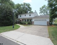 101 Country Club Dr, Linwood image