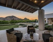6712 N 58th Place, Paradise Valley image