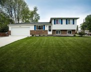 2531 Parlin Drive, Grove City image
