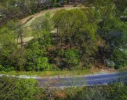 132 Cayuga Drive, Loudon image