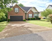2840 Candlewicke Dr, Spring Hill image