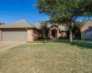 8725 Woodstair Drive, North Richland Hills image