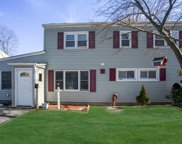 38 Stonecutter Rd, Levittown image