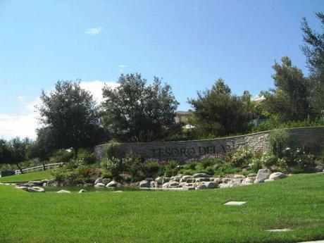 Tesoro-del-Valle-in-Valencia-CA-91354