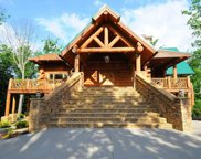 831 Big Bear Ridge Rd, Sevierville image