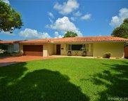 14300 Leaning Pine Dr, Miami Lakes image
