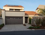 5 Riviera Cir, Redwood Shores image