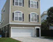 1002 Carolina Boulevard, Isle Of Palms image