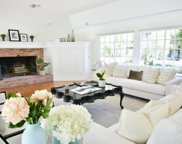 10612 Lindamere Drive, Los Angeles image