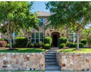 852 Bear Crossing, Allen image