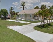47 Moon Bay St, Naples image