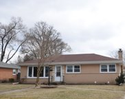 3253 Ronald Road, Glenview image