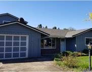 10360 SW MEADOW  ST, Tigard image