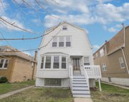 5905 West Eastwood Avenue, Chicago image
