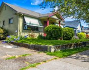 2126 N Dexter Ave, Seattle image