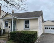249 E Hoffman Ave, Lindenhurst image