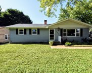 3213 West Kinley Boulevard, Mchenry image