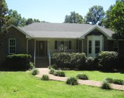 1032 Lakeside Ct, Kingston Springs image