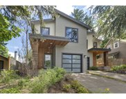 8558 SW 20TH  AVE, Portland image