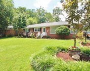 104 Pleasant Hill Dr, Springfield image