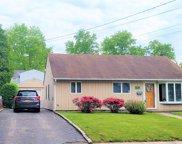 45 Island  Street, Plainview image