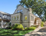 343 Gale Avenue, River Forest image