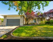 1117 W Valewood Dr, Murray image