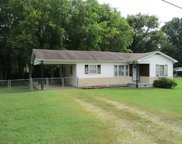 201 Greenview Dr, Columbia image