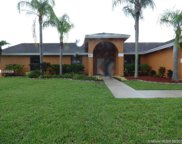 421 Nw 197th Ave, Pembroke Pines image