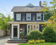 271 Pearsall  Place, Lawrence image