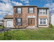 18 Jennifer Lane, Burlington Township image
