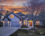 543 E Greencreek Ct, Eagle image