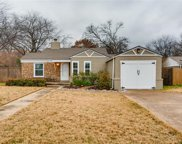 6413 Calmont Avenue, Fort Worth image