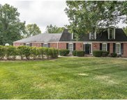 10 Conway Springs, Chesterfield image