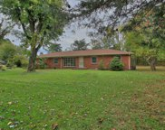118 Brooklawn Dr, White House image