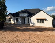101 Sugartree Circle, Lipan image