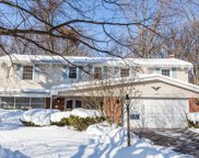 1518 Crown Drive, Glenview image
