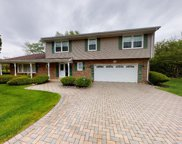 2S751 Avenue Chateaux, Oak Brook image