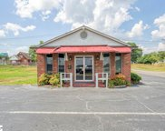 400 Glenwood Drive, Spartanburg image