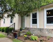 5621 Wooded Lake Dr, Louisville image