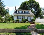 656 Hempstead  Avenue, W. Hempstead image