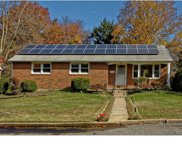 532 Lakeview Drive, Swedesboro image