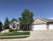 6694 Stone Mill Dr, Cottonwood Heights image
