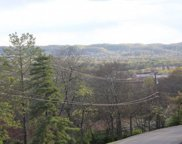 5629 Hillview Dr, Brentwood image