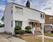 152-09 11 Ave, Whitestone image